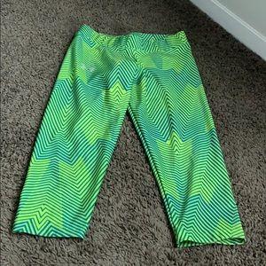 Athletic crop leggings